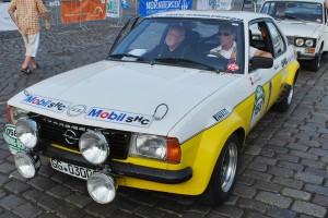 Ex-Rallye-Profi bei seiner 2. Berlin-Hamburg-Rallye: Jochi Kleint im Opel Ascona Gruppe B
